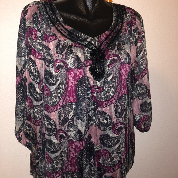sara michelle Tops - NWT Black and Purple ladies Tunic- Size Med